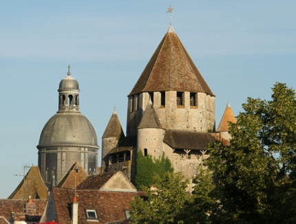 "LOTERIE MEDIEVALE - ""Winter is Coming"" Tour-collegiale.jpg"